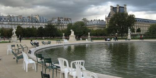 paris-cours-louvre-1